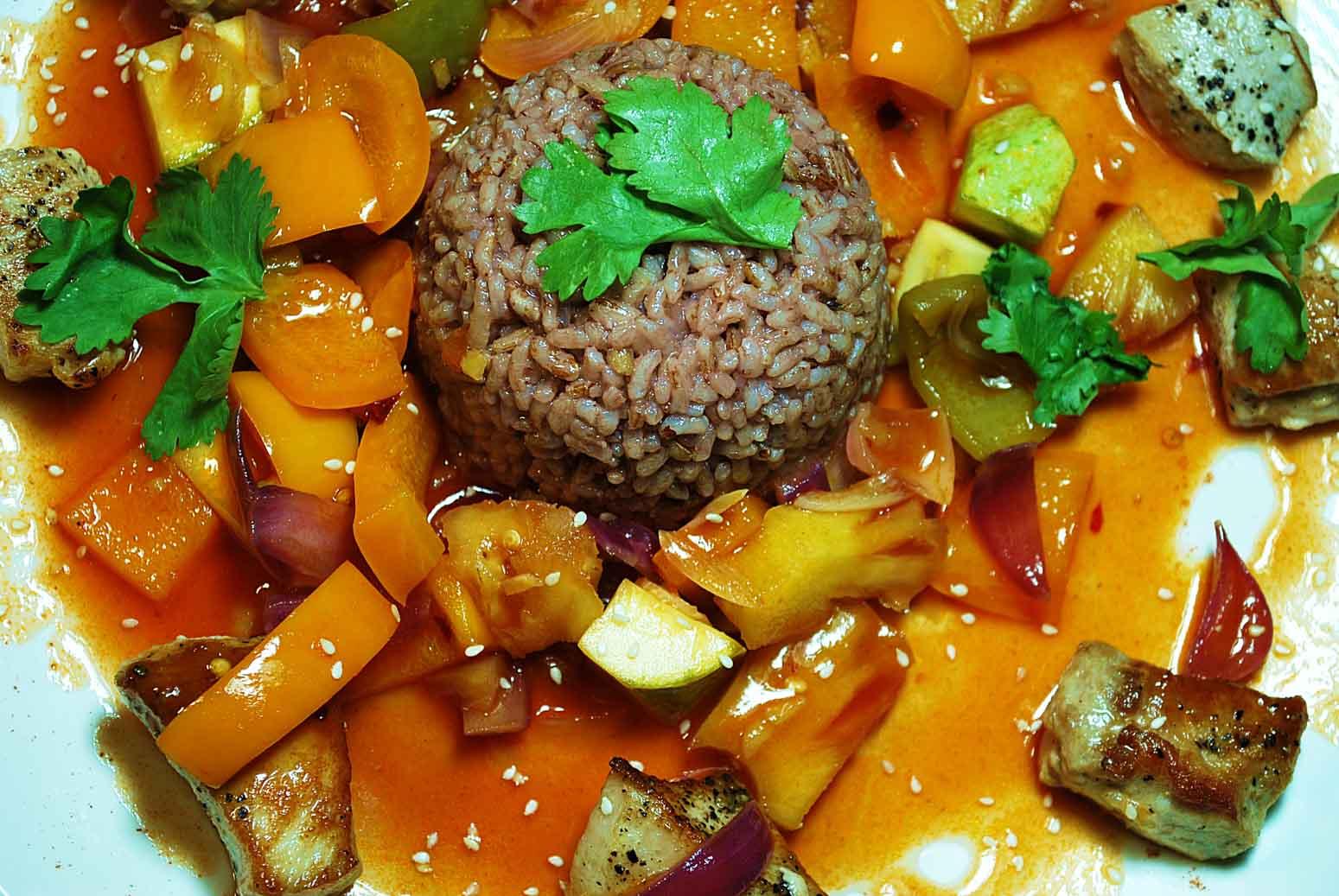 Свинина в кисло-сладком соусе с болгарским перцем рецепт